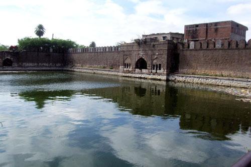 The Taj Baodi